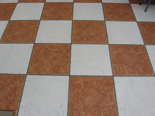 Le fughe nei pavimenti in marmo pietre d alpi pietre d